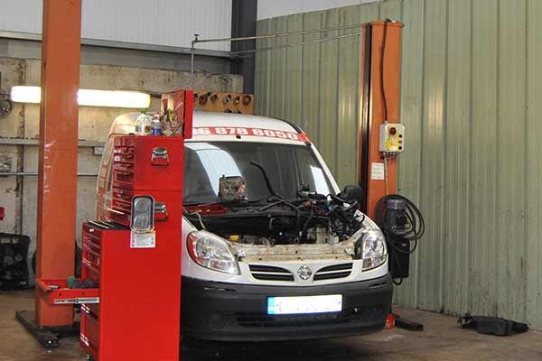 Commercial Vehicle Servicing & Repairs J&S Motor Repairs Service