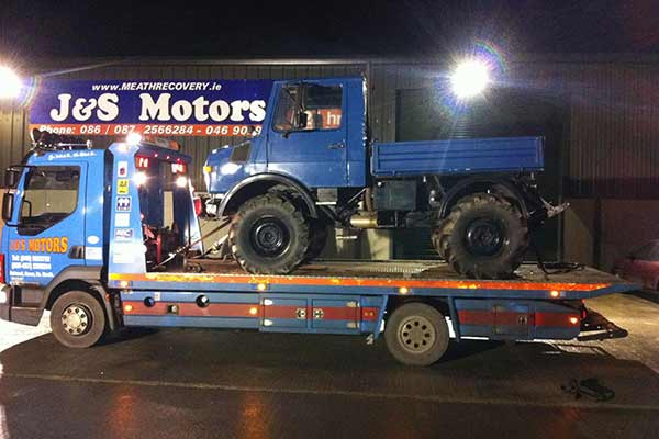 Large Commercial Vehicle Removals Breakdown Assistance J&S Motors